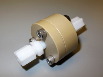 PEEK membrane holder with fittings for 25 mm AAO membranes